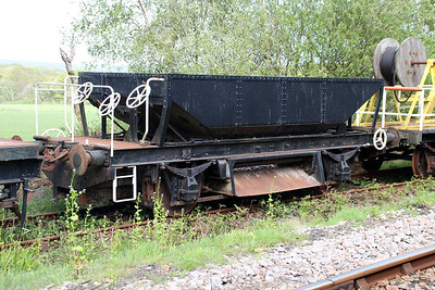 20t Steel Hopper Herring HW402 at Eldon Sidings  10/05/14.