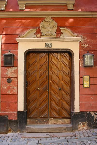 Door No. 3/3