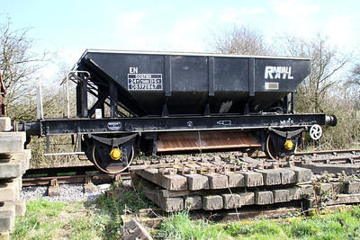 24t Dogfish DB992867 at the end of the line North of Hayes Knoll   15/03/14