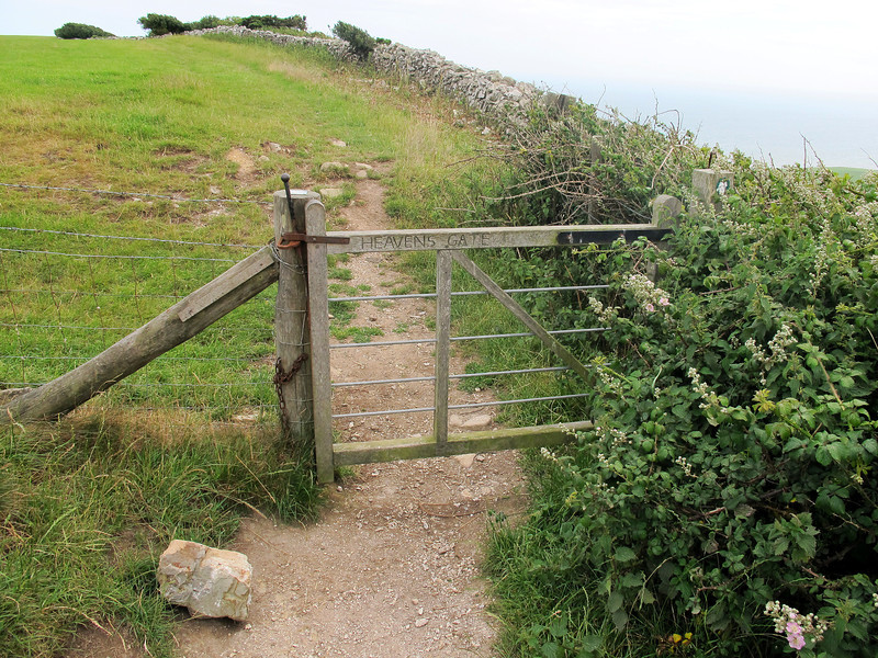 Heavens Gate on the slope up to Swyre Head.