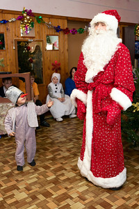И даже Дед Мороз явился