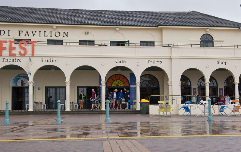 Wet day, Bondi Pavilion