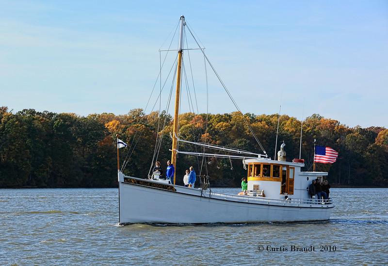 "Nellie Crockett  Sultana Downrigging  Chestertown  MD  October 30th, 2010<br /> <br />  <a href=""http://tps.cr.nps.gov/nhl/detail.cfm?ResourceId=2180&ResourceType"">http://tps.cr.nps.gov/nhl/detail.cfm?ResourceId=2180&ResourceType</a>=<br /> <br />  <a href=""http://www.sultanaprojects.org/thefleet.htm"">http://www.sultanaprojects.org/thefleet.htm</a>"