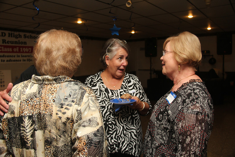 Gloria Mannz, Mrry Gwin Anderson, and Phyllis Loyet Saeger