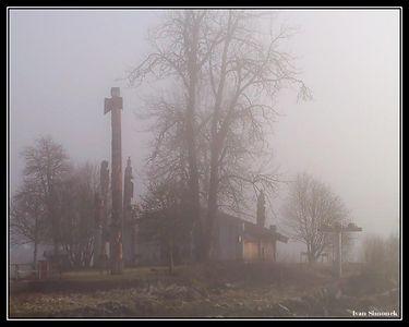 """FOGGY MORNING AT SHAKES ISLAND"", Wrangell, Alaska, USA.-----""MLHAVE RANO NA OSTRUVKU SHAKES"", Wrangell, Aljaska, USA."