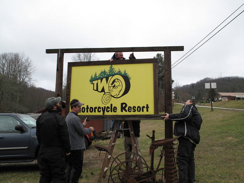 Michelle (NoMystery) and her fiance Nick will be looking after TWO's sign. If GT ever reopens, they'll gladly hand it back. My friends provided the muscle. From left to right: HD Khalsa, Mark Hall, Nick, Francois.