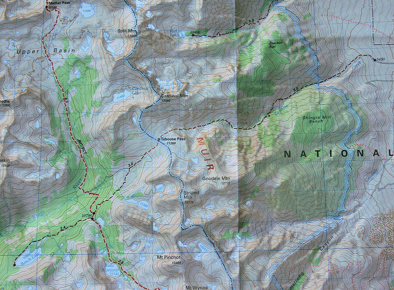 Here's the indispensable Tom Harrison map showing the trail route to Bench Lake and the surrounding Kings Canyon high country.  What a wealth of places to explore...