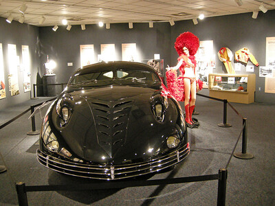 The following pics are from the Harrah Auto Museum in Reno. He used to have over 1,400 cars.  The museum has about 200.