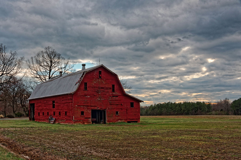 "Classic Red Barn - The ""Find"" of the Day"