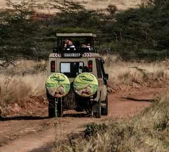 Safari van  Mkomazi NP Tanzania 2014 06 30.JPG