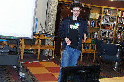 Tech Connect II - Savvy teen techies  assist computer-challenged adults – November 3 & 17