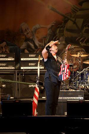 ted nugent_9208