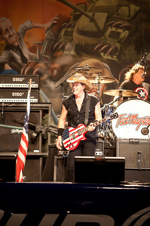 ted nugent_9216