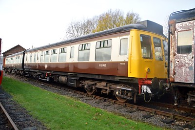 Class 108 DMU M51950 DMBS   28/11/15