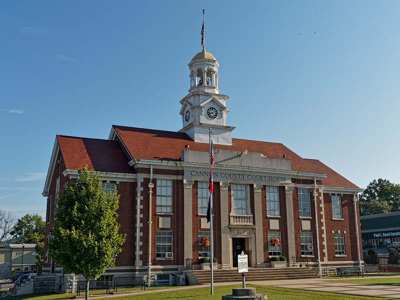 Woodbury's Cannon County Courthouse