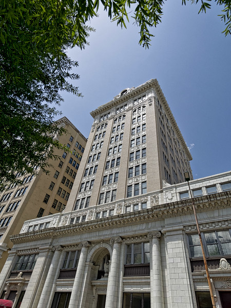 Chattanooga's The Maclellan Building
