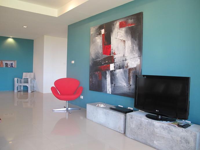 Lanta Loft Apartment Living Area