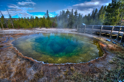 Yellowstone NP - Morning Glory Pool