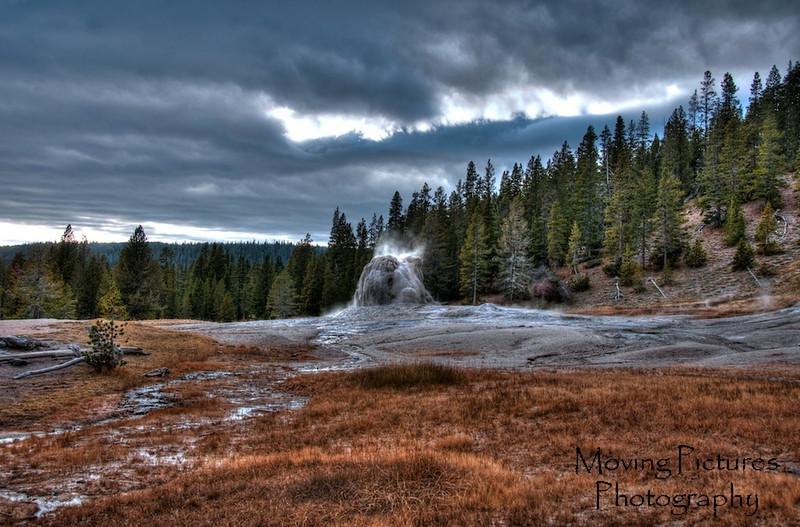 Yellowstone NP - Lone Star geyser