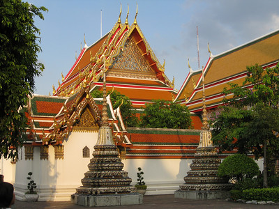 Chinese style stupas at Wat Pho