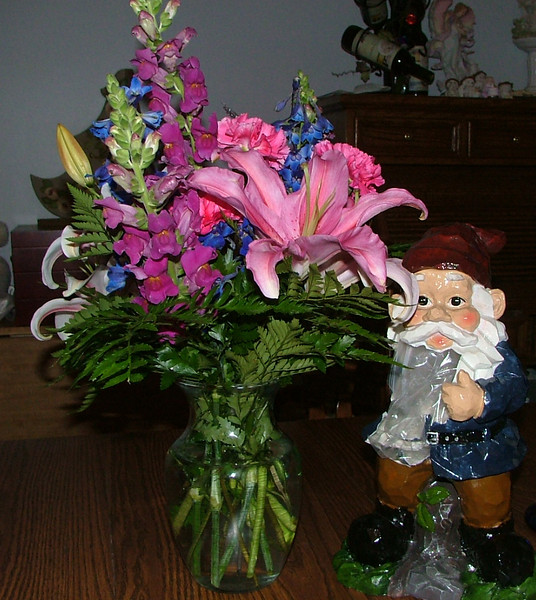 Waldo and Flowers from Geege