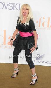 Betsey Johnson photo by Rob Rich © 2009 robwayne1@aol.com 516-676-3939