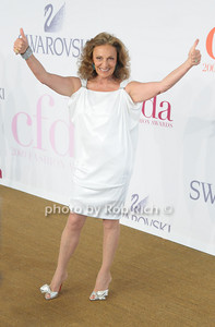 Diane Von Furstenberg photo by Rob Rich © 2009 robwayne1@aol.com 516-676-3939