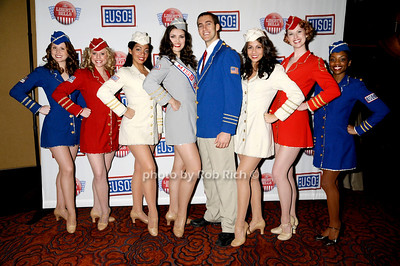 USO Liberty Bells photo by Rob Rich © 2009 robwayne1@aol.com 516-676-3939