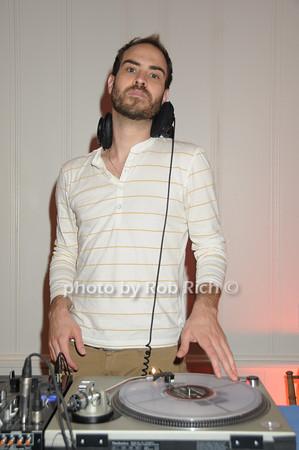 DJ Jeffery Donneson<br /> photo by Rob Rich © 2009 robwayne1@aol.com 516-676-3939