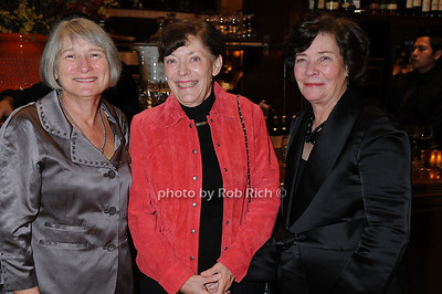 Pauline Bencivenga, Ann Romer, Jane Donnelly photo by Rob Rich © 2008 robwayne1@aol.com 516-676-3939
