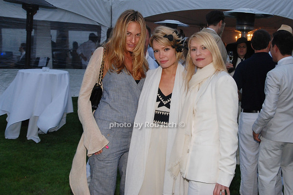 Jean Anne, Williams, Brooke Geahan and Claire Danes<br />  photo by Rob Rich © 2009 robwayne1@aol.com 516-676-3939