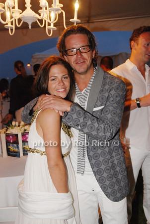 Victoria Parker and Tom Foxcroft<br />  photo by Rob Rich © 2009 robwayne1@aol.com 516-676-3939