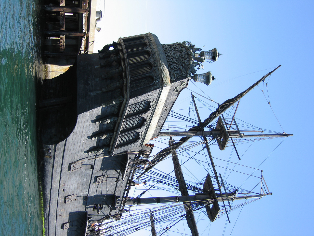 "The Black Pearl - up close, LA California  Whilst sailing out of San Pedro harbor back in early August '06 my girlfriend and I came across the Black Pearl from Disney's Pirates of the Caribbean films.  They had been filming scenes from the third installment in the area.  Be sure to check out the other shots I got of her. <a href=""http://www.kevitivity.com"">www.kevitivity.com</a>"