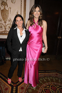 Bobbi Brown, Elizabeth Hurley photo by Rob Rich © 2009 robwayne1@aol.com 516-676-3939