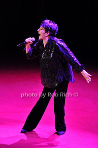 Liza Minelli photo by Rob Rich © 2009 robwayne1@aol.com 516-676-3939