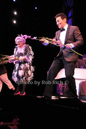 Dame Edna, Michael Feinstein<br /> photo by Rob Rich © 2010 robwayne1@aol.com 516-676-3939