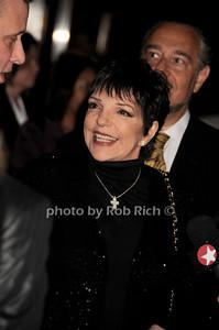 Liza Minnelli photo by Rob Rich © 2010 robwayne1@aol.com 516-676-3939