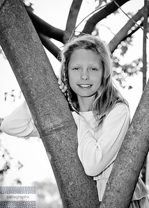 Maggie in Tree bw (1 of 1)