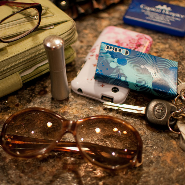 """What's in Your Purse?  Jan. 27, 2012  view photo essay <a href=""""http://www.thedailymuse.com/style/whats-in-your-purse/"""" target=""""_blank"""">here</a>"""