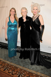 Bonnie Comley, Angela Lansbury, Jano Herbosch  photo by Rob Rich © 2010 robwayne1@aol.com 516-676-3939