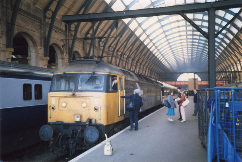 "Kings Cross on 09/05/87 sees 47453 awaiting departure with ""The Hadrian Rail Tour""."