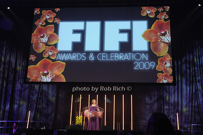 Rochelle Bloom photo by Rob Rich © 2009 robwayne1@aol.com 516-676-3939