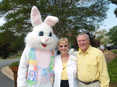 (L) to (R) Easter Bunny, Georgia's First Lady Sandra Deal and Governor Nathan Deal.