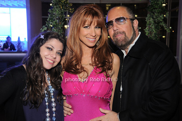 Ali Zarin, Jill Zarin, Bobby Zarin<br /> photo by Rob Rich © 2009 robwayne1@aol.com 516-676-3939