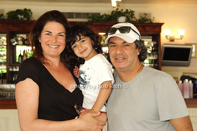 Elizabeth Blau, Cole Canteenwalla , Kim  Canteenwalla photo by Rob Rich © 2008 516-676-3939 robwayne1@aol.com