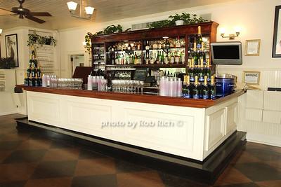 Savannah restaurant interior photo by Rob Rich © 2008 516-676-3939 robwayne1@aol.com