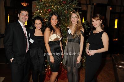 Greeting Staff photo by Rob Rich © 2008 robwayne1@aol.com 516-676-3939