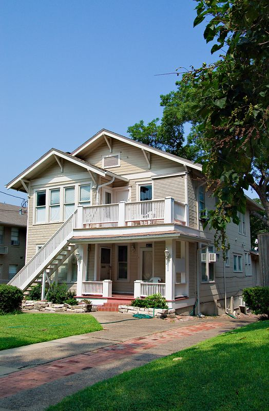 1_Home_2005-08-06_0024+PS