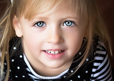 Blue Eyes vibrant (1 of 1)