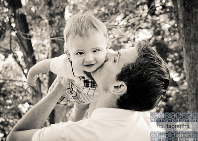 Daddy Kiss warm bw-